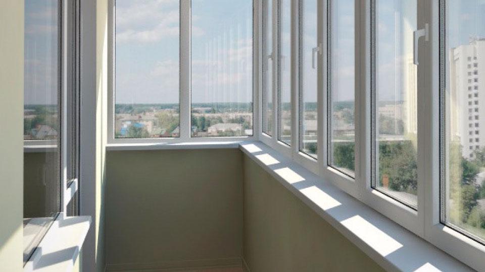Пластиковые балконы в оренбурге. низкие цены. рассрочка и кр.
