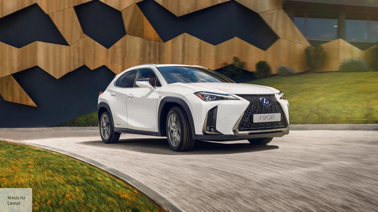 В Женеве показали обновленный Lexus UX