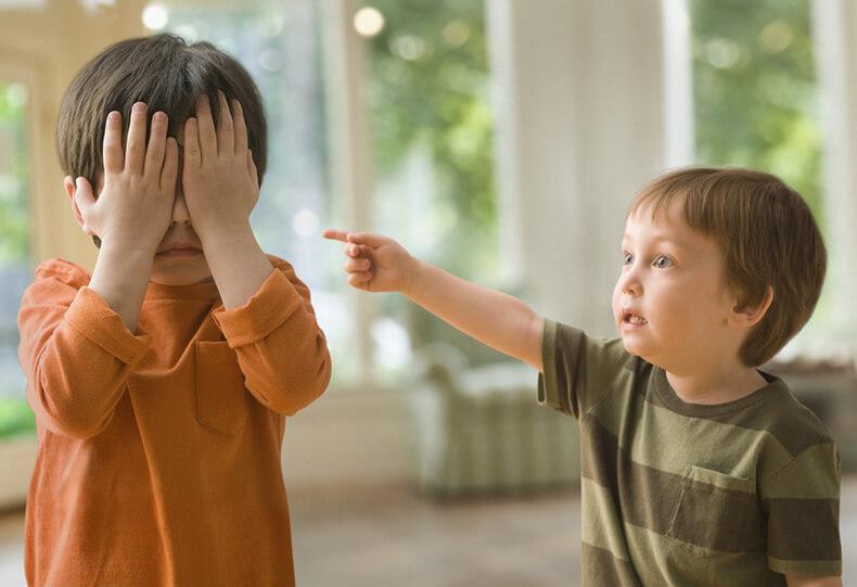 Ребенок ябеда: Что делать