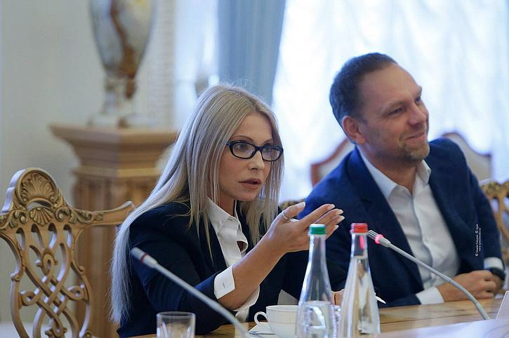 Татьяна Монтян публично унизила Тимошенко, сравнив ее с порноактрисой