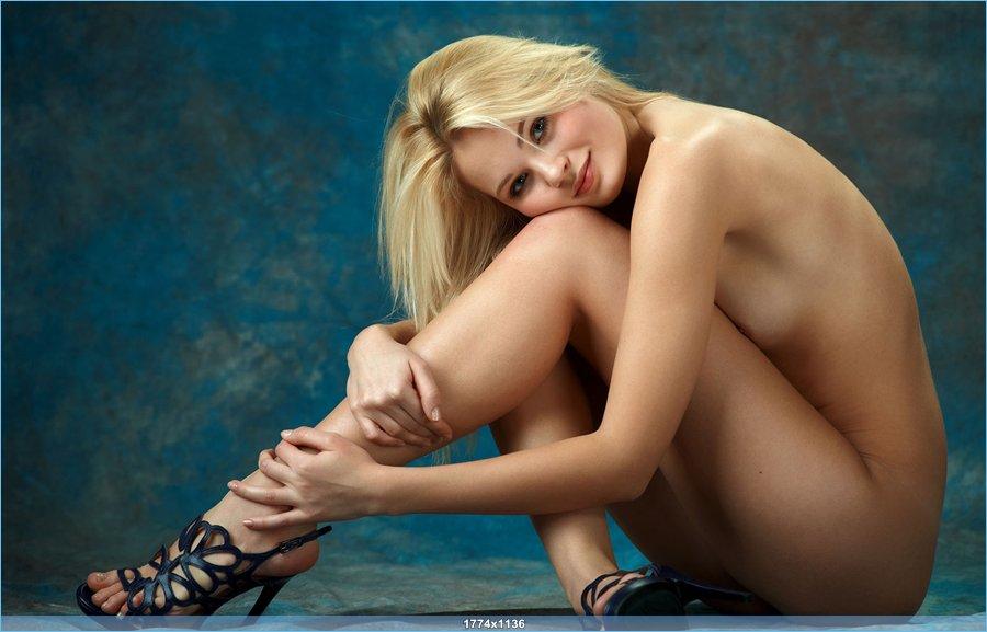 modeli-fotosessiya-golie
