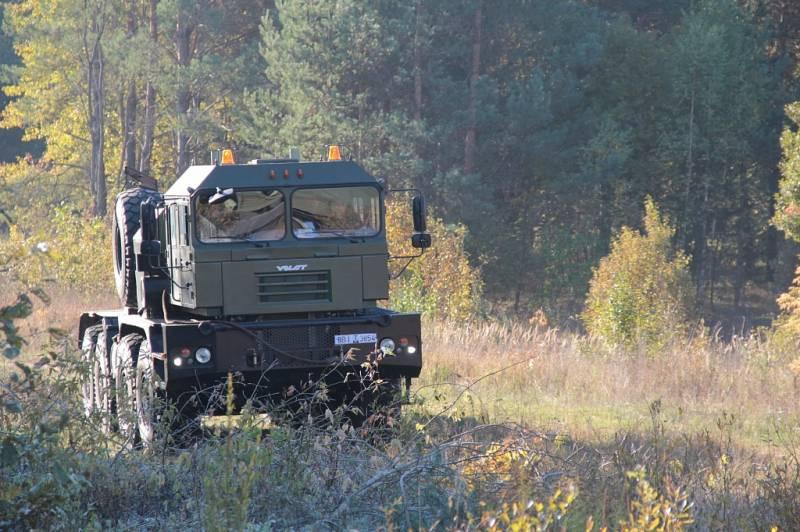 Автопоезд-танковоз МЗКТ-7429…