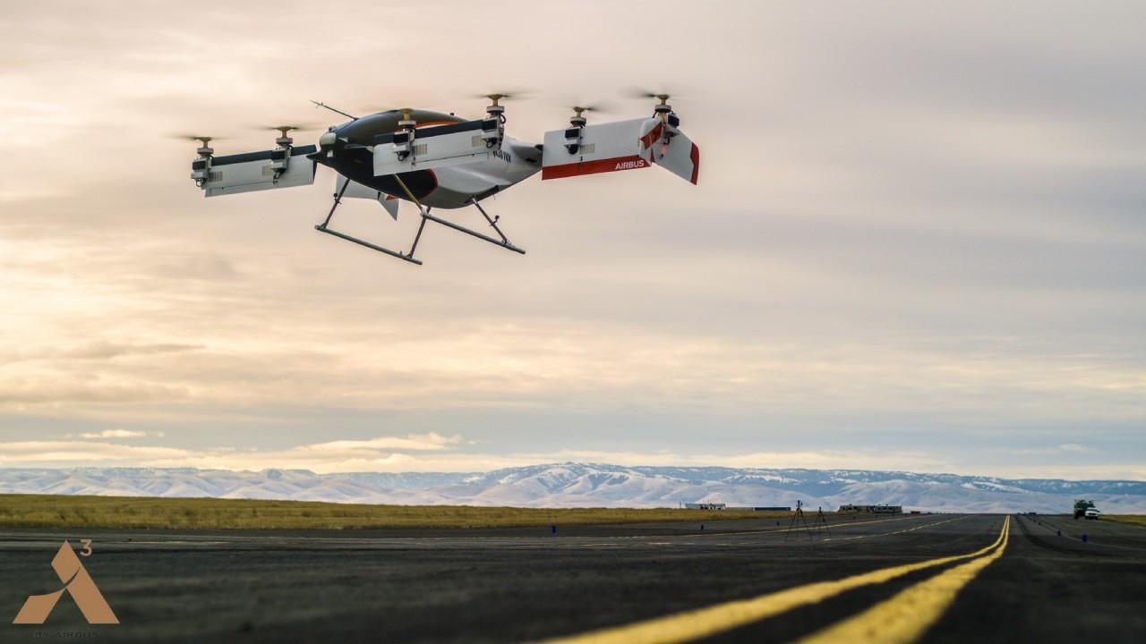 Airbus показала первый полет летающего такси