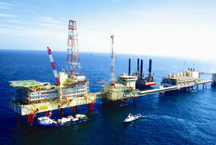 Нефть и высокие доходы. | Фото: Желтый Журавль.