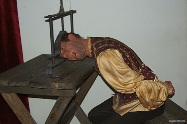15 самых страшных пыток