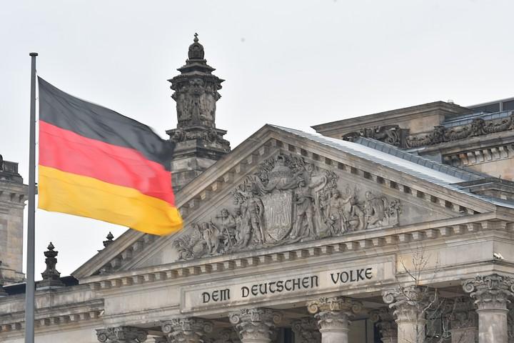 Немецкие политики предложили пригласить Россию на саммит G7
