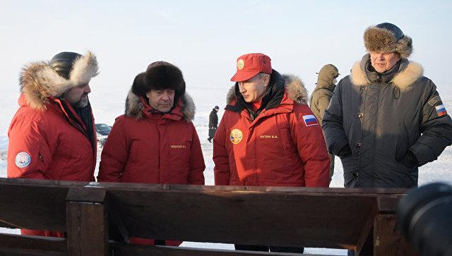 """Путин и Медведев оценили результаты """"генеральной уборки"""" Арктики"""