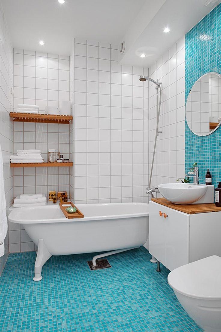 Светлые тона ванной не только более выгодно преподносят яркие цвета, но и позволяют использовать в помещении минимальное количество осветительных приборов