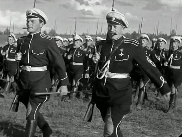 Кому нужно «отбеливать» белых генералов?