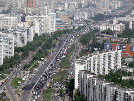 Реконструкция вылетных магистралей привела к росту загруженности дорог в Москве