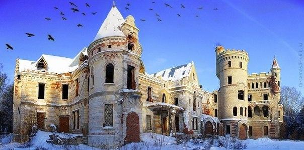 7 потрясающих заброшенных замков 7