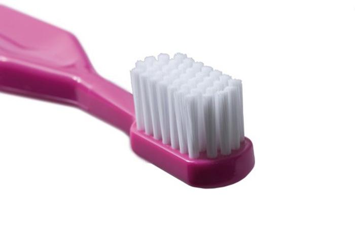 Зубная щётка тоже пригодится