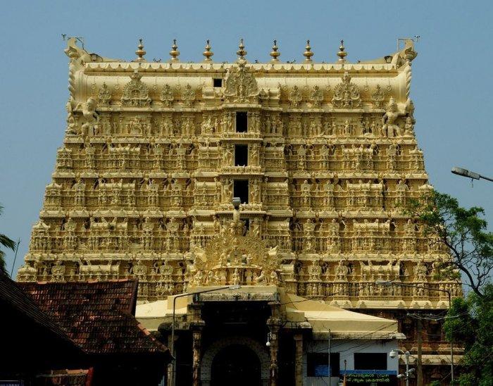Самый богатый храм в мире – триллион долларов Падманабхасвами