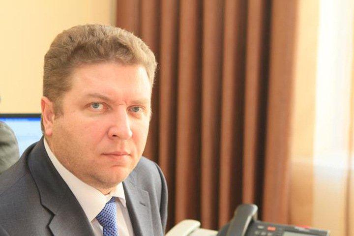 Чиновники тоже плачут: Глава района в Красноярском крае ушел в отставку из-за низкой зарплаты