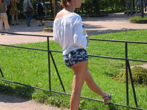 девушки в шортах фото скрытой
