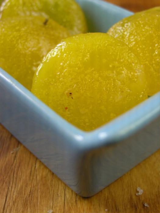 Соленые желтки