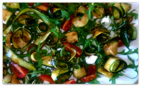 INSALATA DI ZUCCHINE CON MENTA  E RUCOLA (салат из цуккини с рукколой и мятой)