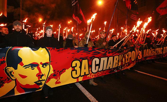 Страна.ua: Бандера — нацист,…