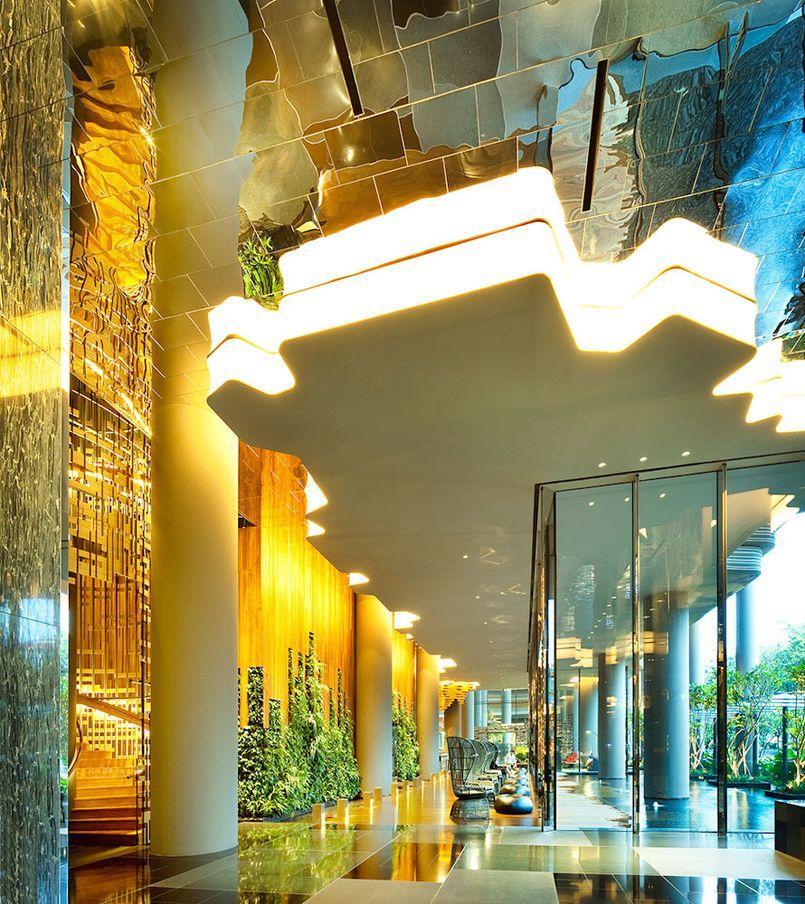 Parkroyal11 Уникальный сад на фасаде отеля в Сингапуре