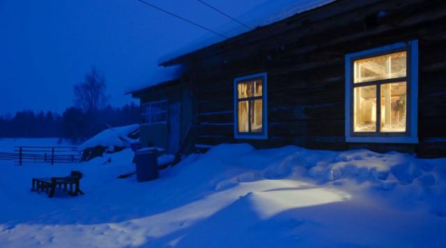 Деревня. Зима. Приближается …