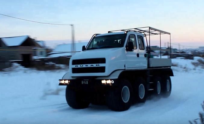 «Русак» восьмиколёсный — замена гусеничным транспортёрам