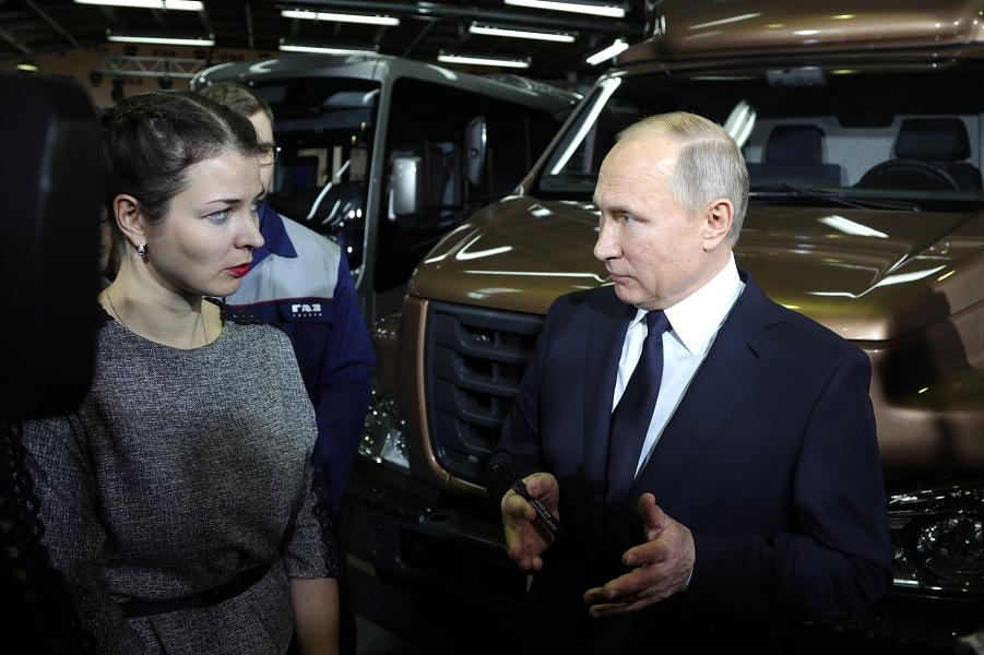 Хотели бы увидеть дебаты Путина с другими кандидатами? С кем?