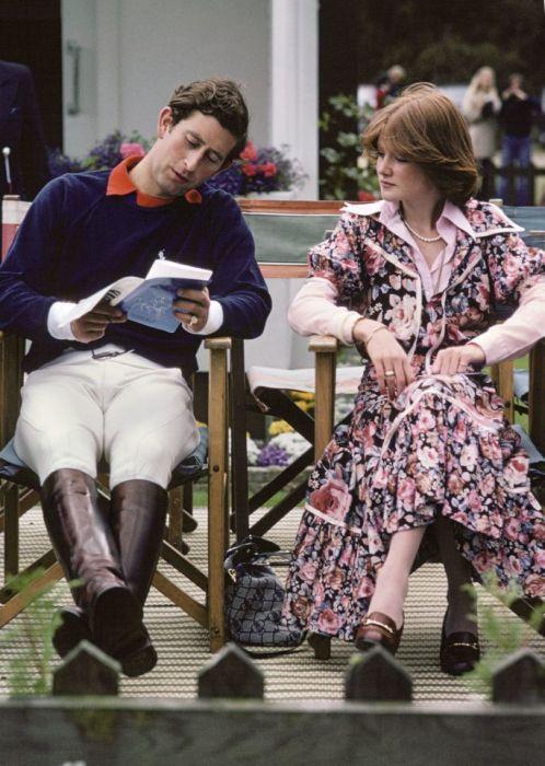 Сара Спенсер и принц Чарльз. / Фото: www.yimg.com