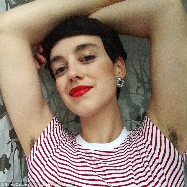 За естественность: полячка не брилась целый год ради собственного эксперимента бритые, волосы, девушка, красота, соцсети, тело, фото, эксперимент