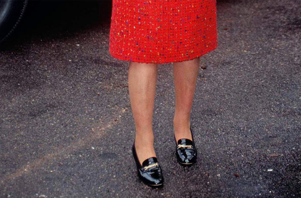 В Британии открыли вакансию «золушки» для королевы