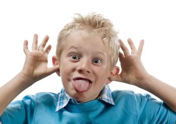 Как остановить детскую истерику за одну минуту