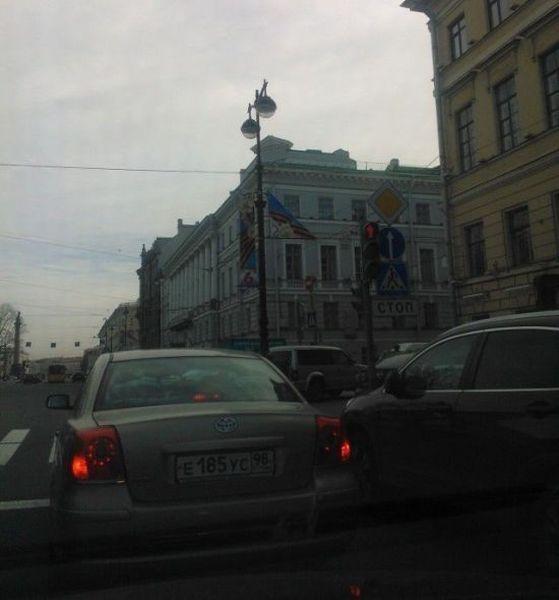 Украсили Санкт-Петербург в преддверии Дня Победы