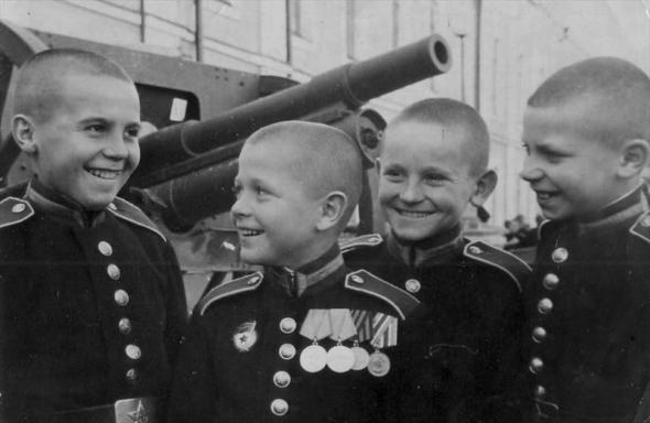 Суворовцы: будущая военная элита страны