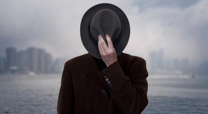 «В 15 лет я узнала, что мой отец шпион»