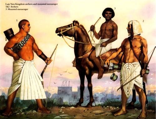 Лучники и конный гонец позднего Нового Царства: 1,2 - лучники; 3 - гонец.