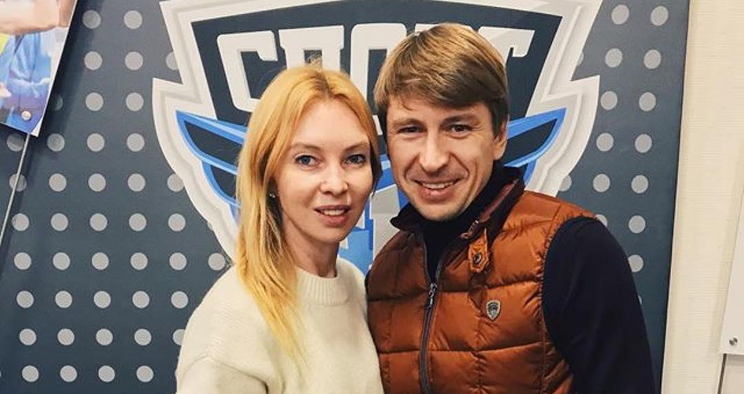 «Хотим третью девочку»: Алексей Ягудин и Татьяна Тотьмянина рассказали о семейной жизни