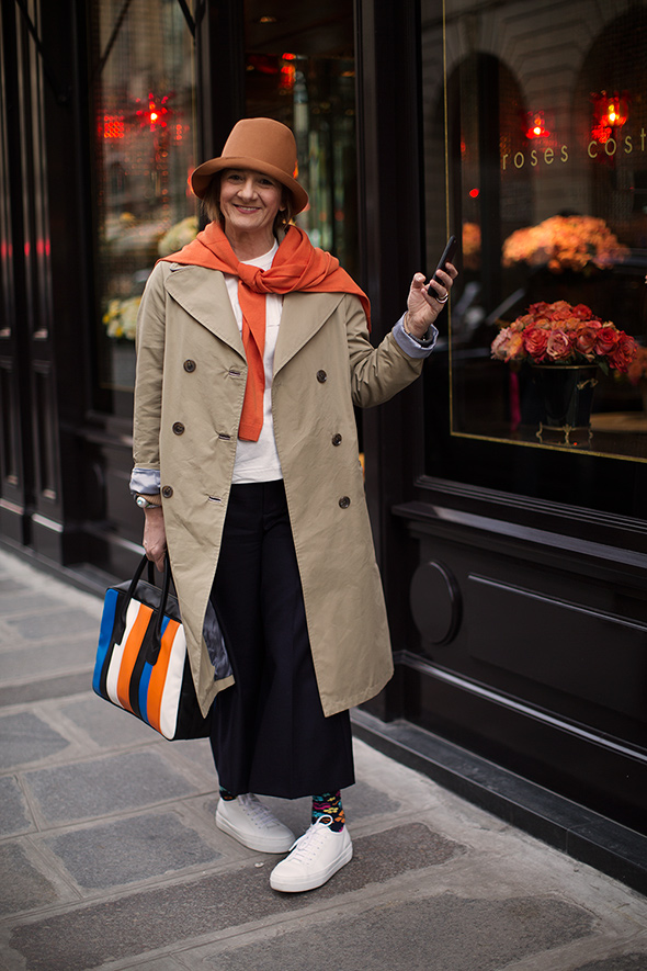 On the Street…Rue Saint-Hono…