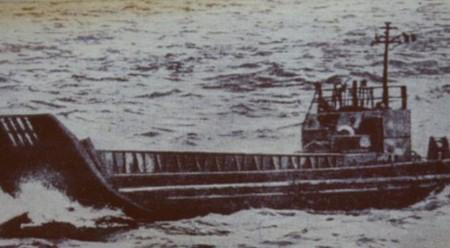 Как американский авианосец спас голодных советских моряков