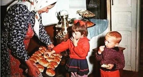 Мои обе бабули жили мирно и …