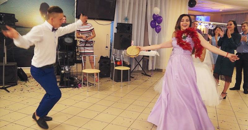 Свидетельница «жжет» на танц…