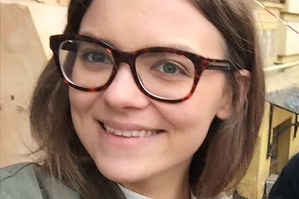 СМИ узнали о надбавке «за интенсивный труд» для 24-летней подчиненной Авакова