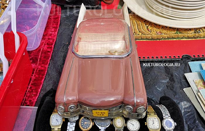 Игрушечный автомобиль Cadillac Eldorado (СССР, 1979 год)