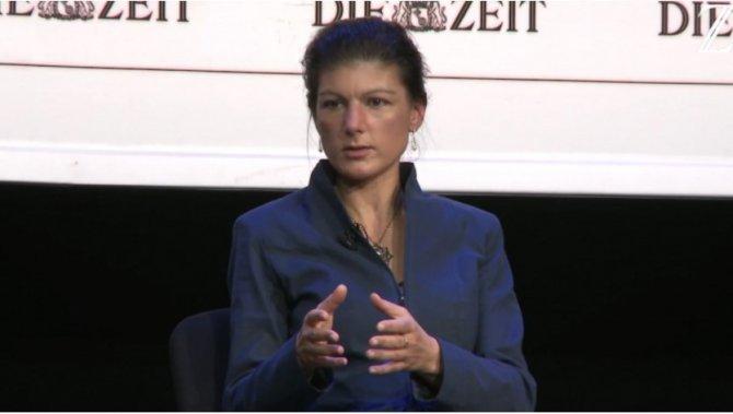 Сара Вагенкнехт призвала распустить НАТО и создать новый альянс с Россией
