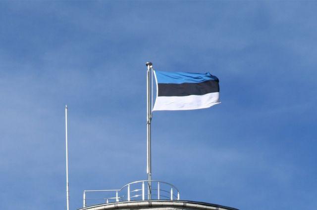 Высланные российские дипломаты должны уехать из Эстонии до конца мая