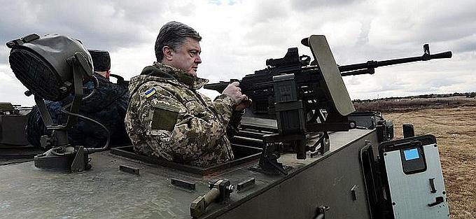 У Коломойского раскрыли, почему Порошенко хочет воевать с Донбассом