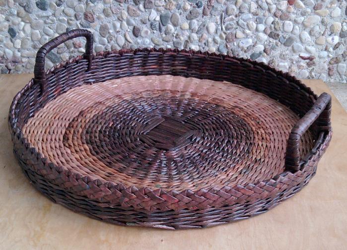 Плетение из газет. Овальные и круглые ХЛЕБНИЦЫ с крышками. Мастер-классы (15) (700x505, 540Kb)