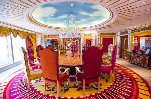 Отельеры рассказали о необычных требованиях богатых туристов