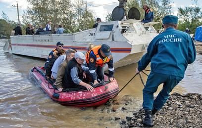 Почти 700 домов освободились от воды в подтопленном Приморье