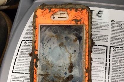 iPhone заработал после полутора лет в озере