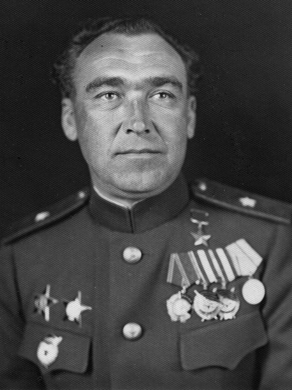 Но был один, который не стрелял... К 100 летию Героя