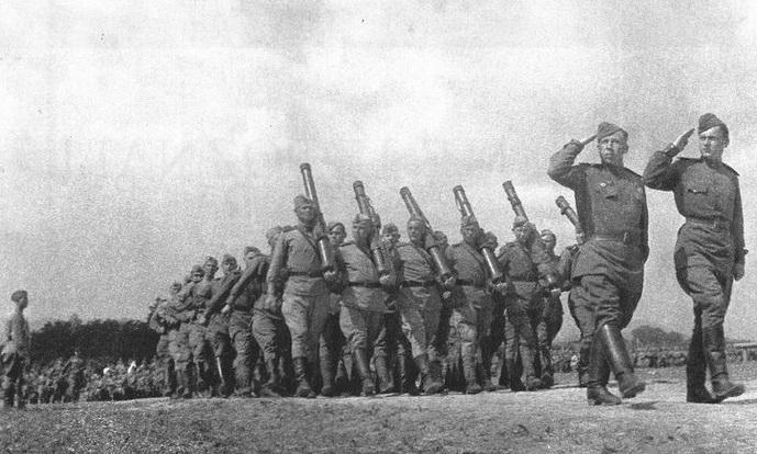 Как «кирзачи» помогали русским побеждать?